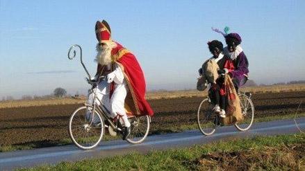 Sinterklaas op de fiets