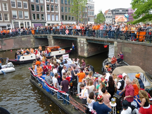 Bootjes op Amsterdamse grachten