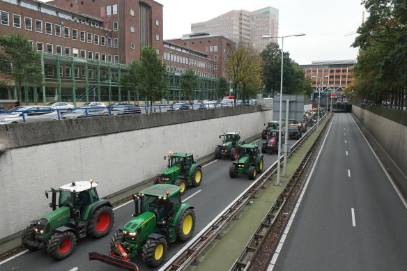Tractoren Utrechtse Baan Den Haag