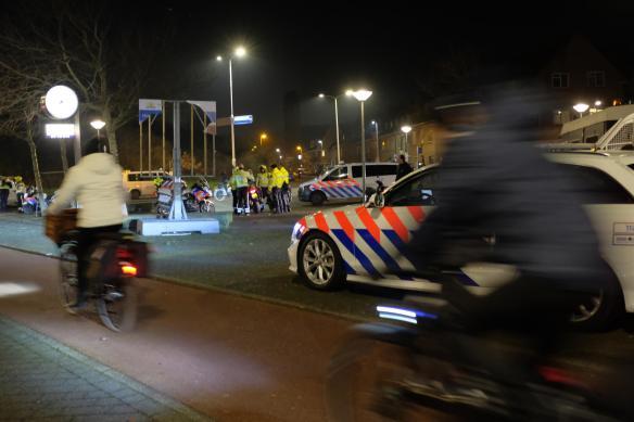 Politie controleer toegangswegen Duindorp