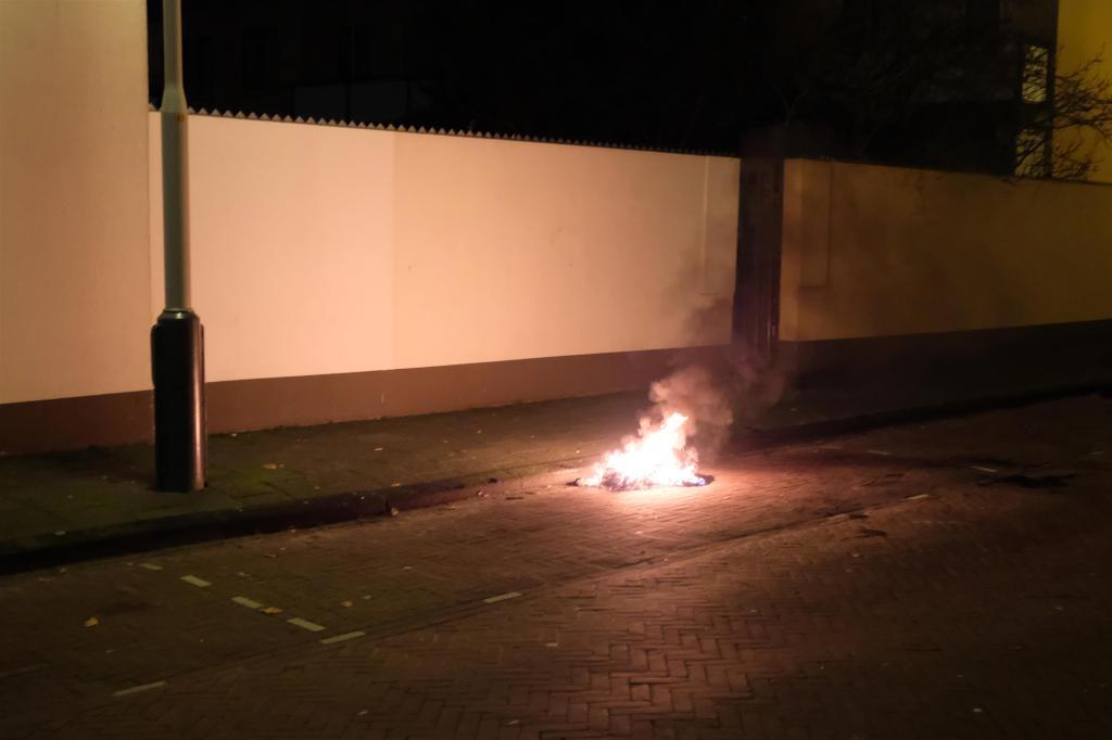 Brandjes in Duindorp